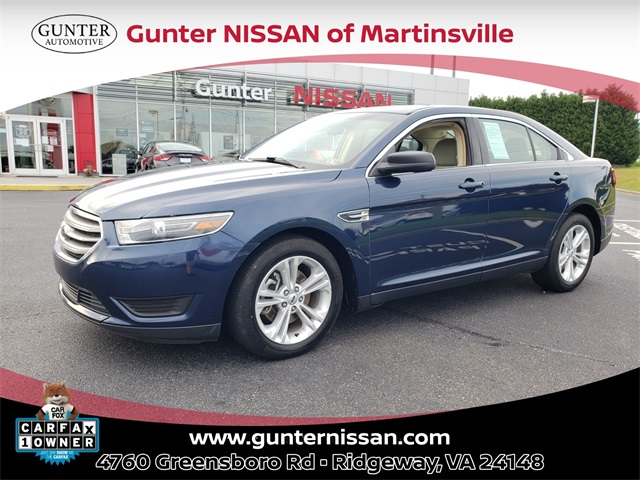 Pre-Owned 2017 Ford Taurus SE