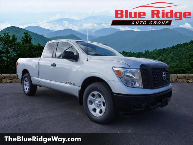 New 2018 Nissan Titan 4x4 King Cab S